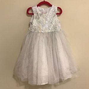 Gorgeous Flower Girl Dress :: Size 3T